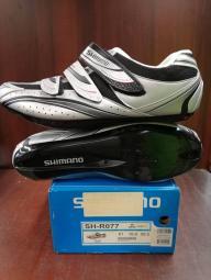 Shimano R077 kerékpáros cipő 2013